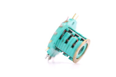 China 15 Circuits Separate Slip Ring Speed Up To 100 Rpm Continuous Pin Gold Plated Contact Materials distributor
